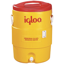 Where to find BEVERAGE CARRIER COLD 10 GAL in Grand Haven